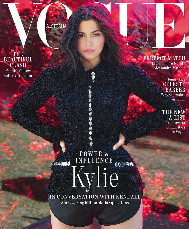 Kylie Jenner - ngoi sao quyen luc va sexy nhat mang xa hoi 2018 hinh anh 9