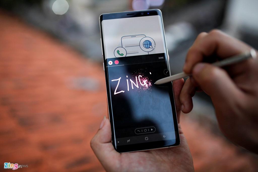 Samsung Galaxy Note 8 - ly do khien SamFan tang manh hinh anh 3