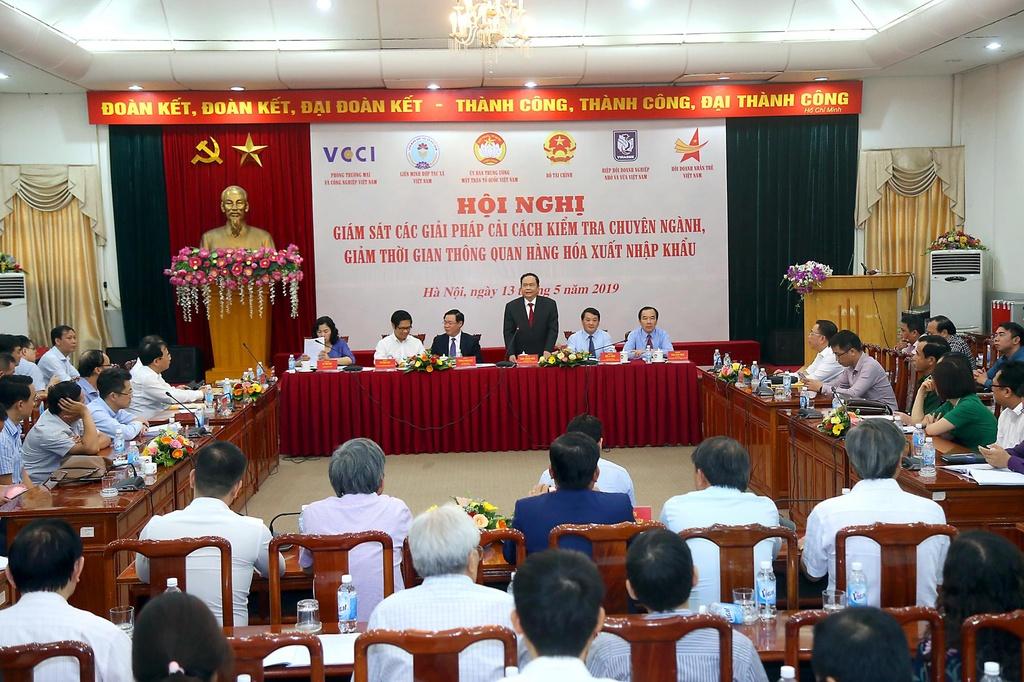 Pho thu tuong Vuong Dinh Hue: 'Neu kho qua thi thue toi lam cho' hinh anh 1