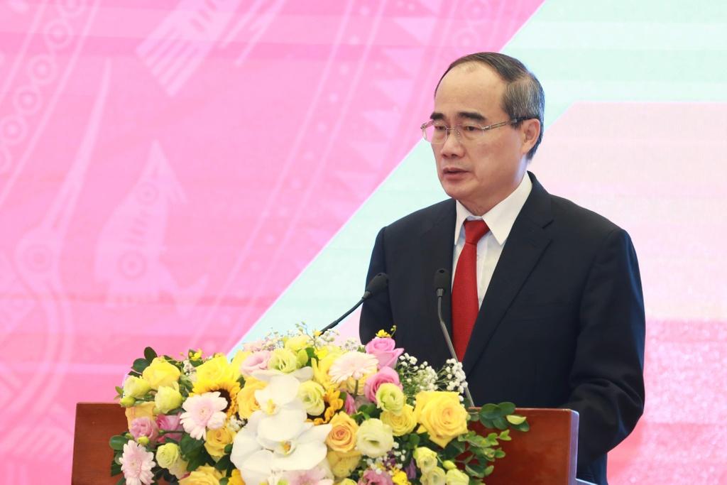 Bi thu TP.HCM Nguyen Thien Nhan anh 1