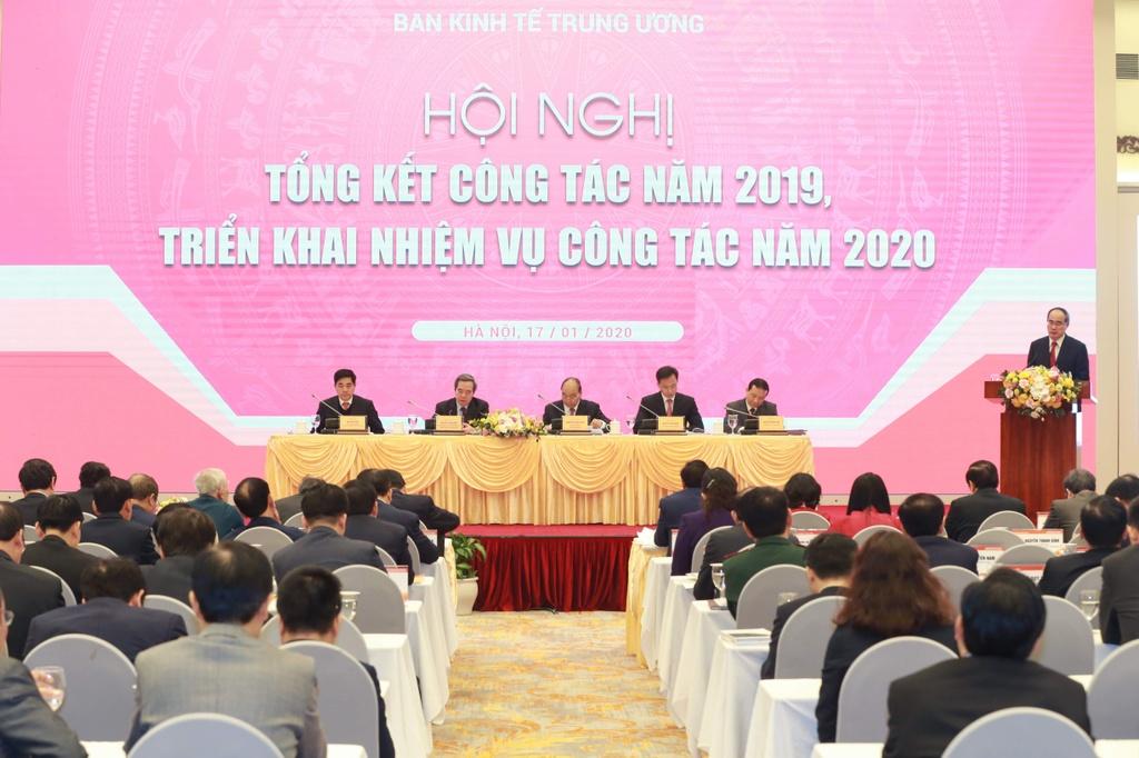 Bi thu TP.HCM Nguyen Thien Nhan anh 3