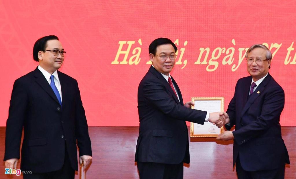 ong Vuong Dinh Hue lam Bi thu Ha Noi anh 2
