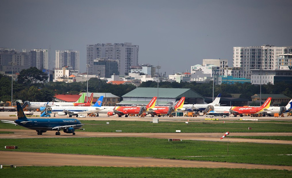 Hang hang khong chi tien ty tra phi 'nam san' cho may bay hinh anh 1 sanbay.jpg  Hãng hàng không chi tiền tỷ trả phí 'nằm sân' cho máy bay sanbay