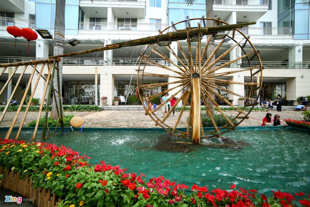 Hoi hoa xuan khu nha giau Phu My Hung hinh anh 6