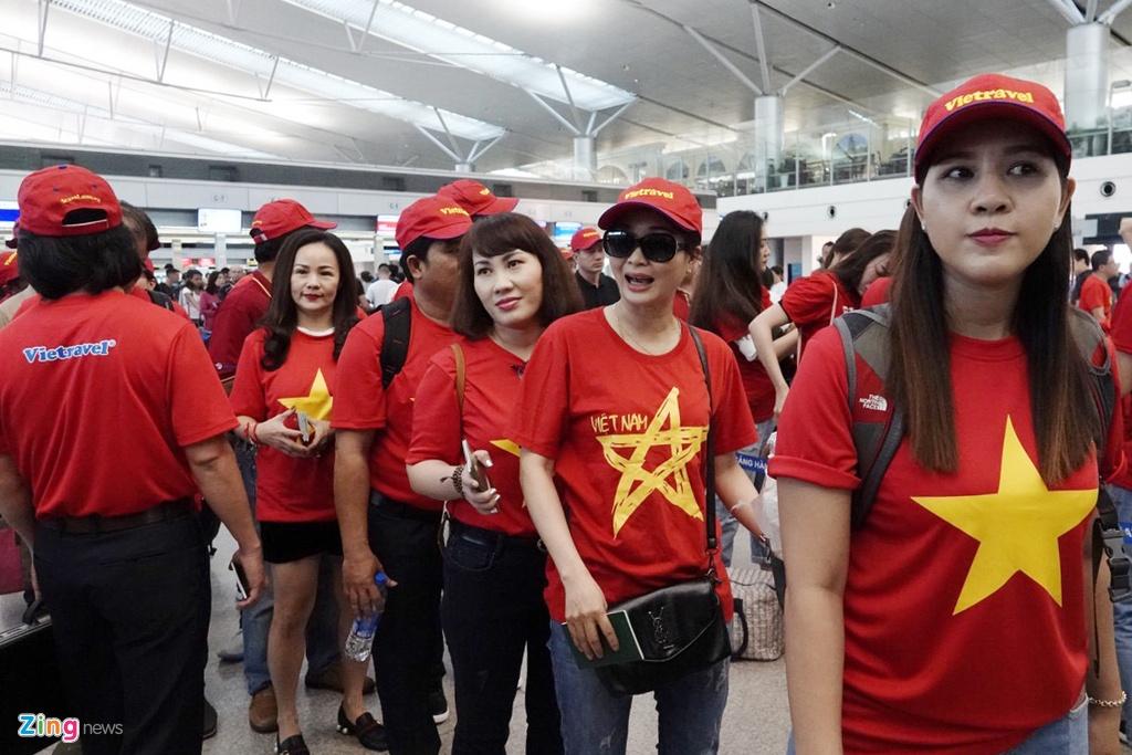 CĐV Sài Gòn, Hà Nội sang Philippines tiếp lửa cho tuyển Việt Nam