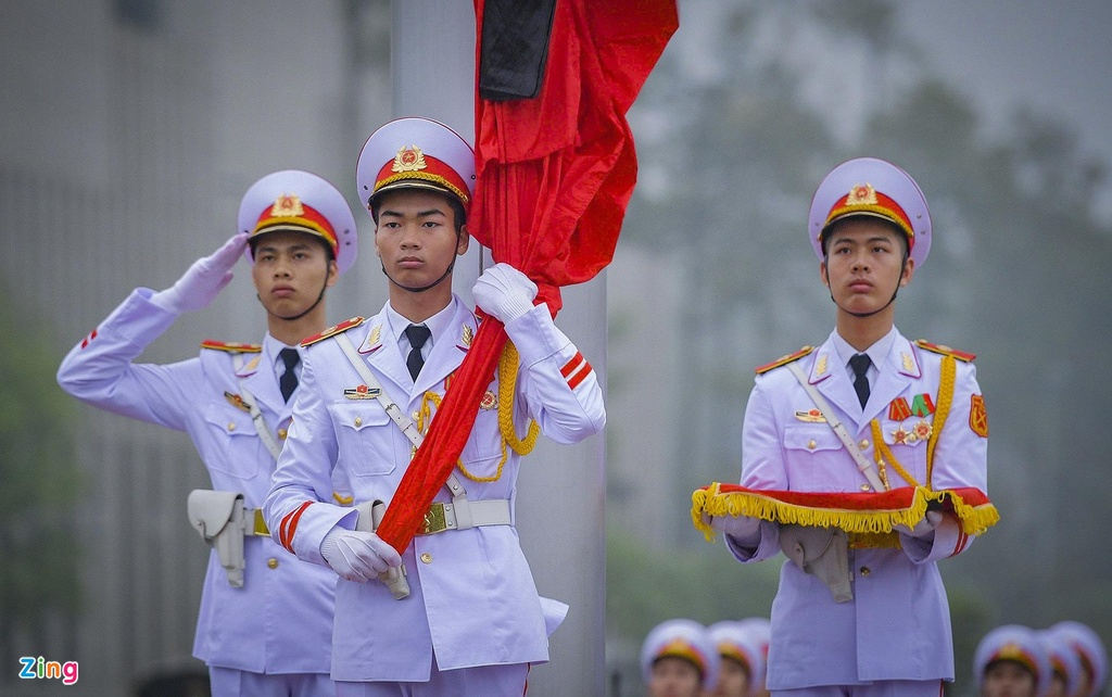 Ca nuoc treo co ru ngay quoc tang nguyen Chu tich nuoc Le Duc Anh hinh anh 2