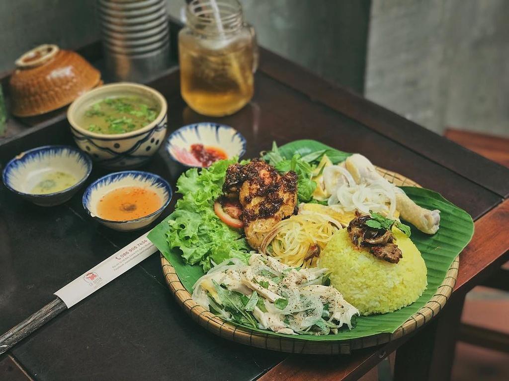 5 dia chi an mon Quang Nam - Da Nang ngon dung dieu o TP.HCM hinh anh 6