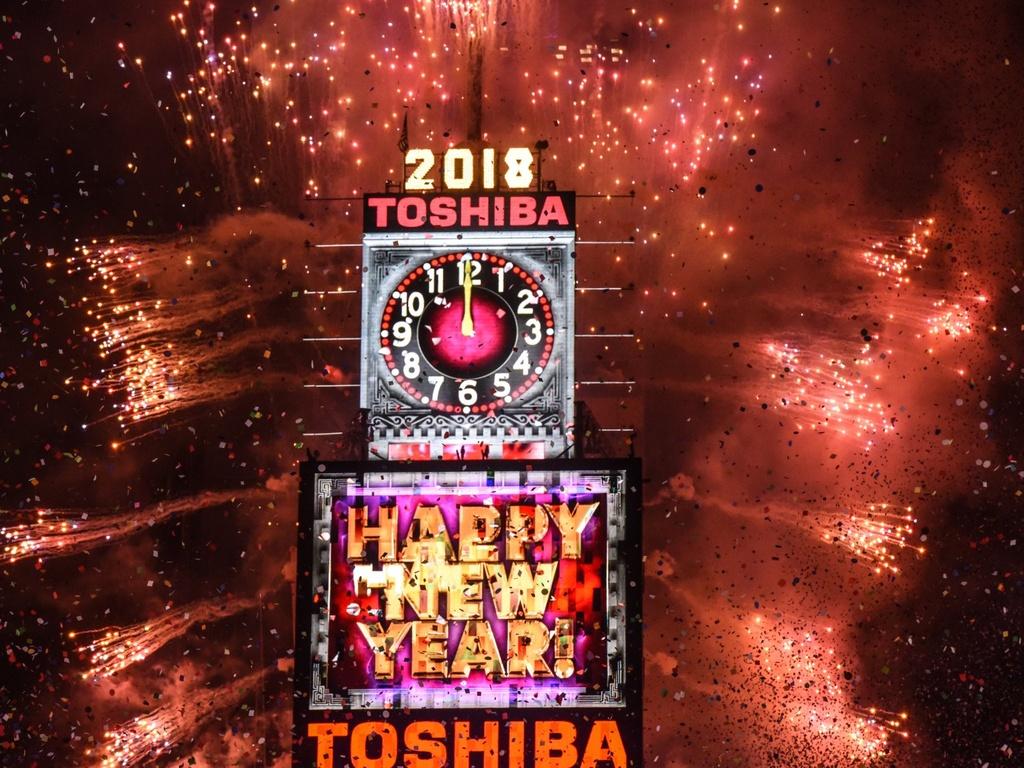 Người Mỹ đón năm mới ở Quảng trường Thời đại ra sao trong 115 năm qua?