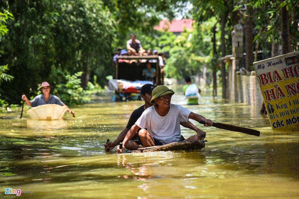 Ngap Nam Phuong Tien Ha Noi anh 2