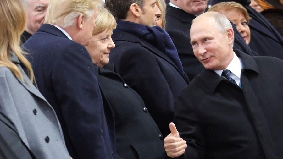 Ong Trump bi chi trich o Paris anh 2