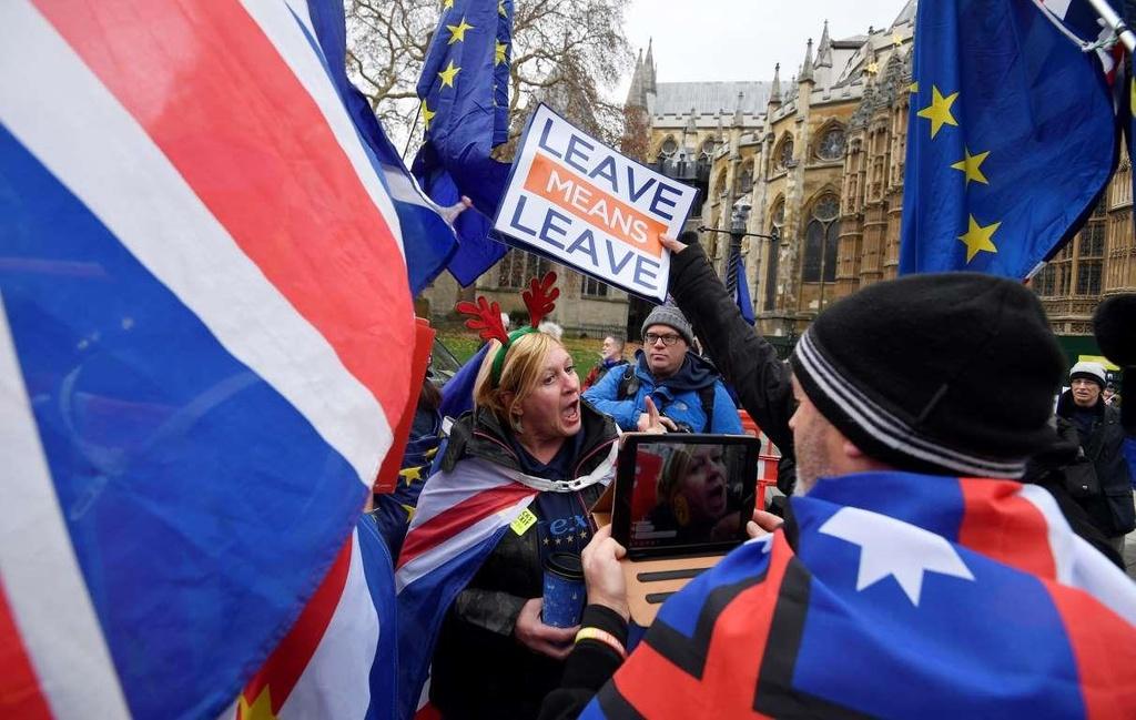 Bi kich hay hai kich: Nguoi Anh hoang mang ve Brexit hinh anh 10