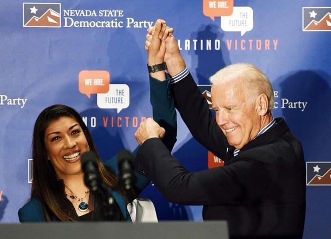 Tham vong cua Biden bi de doa sau cao buoc dung cham 'thieu chuan muc' hinh anh 1