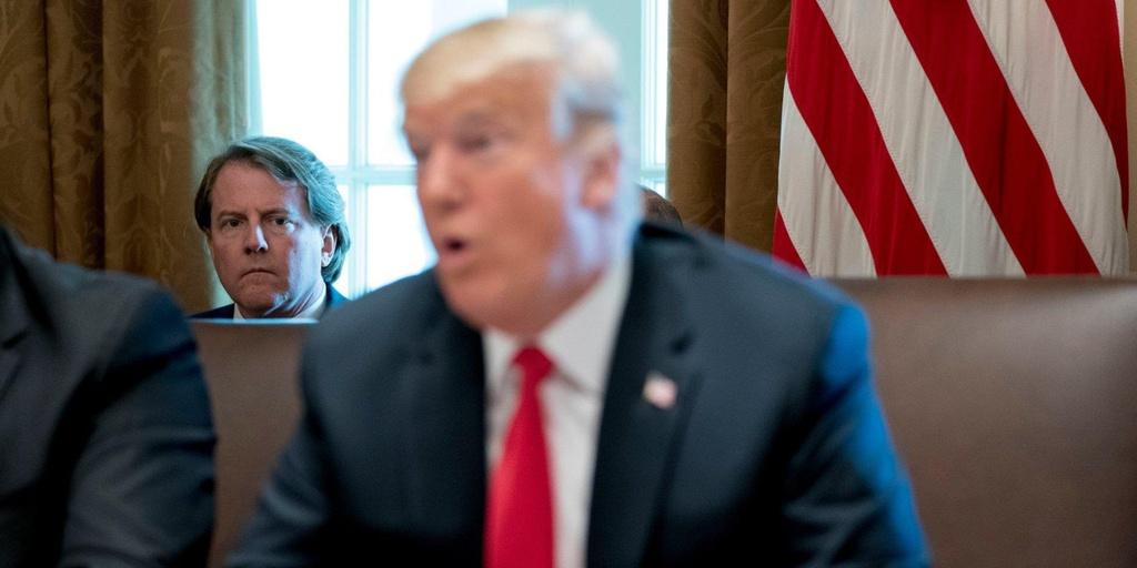 Bao cao Mueller - cuoc khung hoang moi cua Nha Trang thoi TT Trump hinh anh 5
