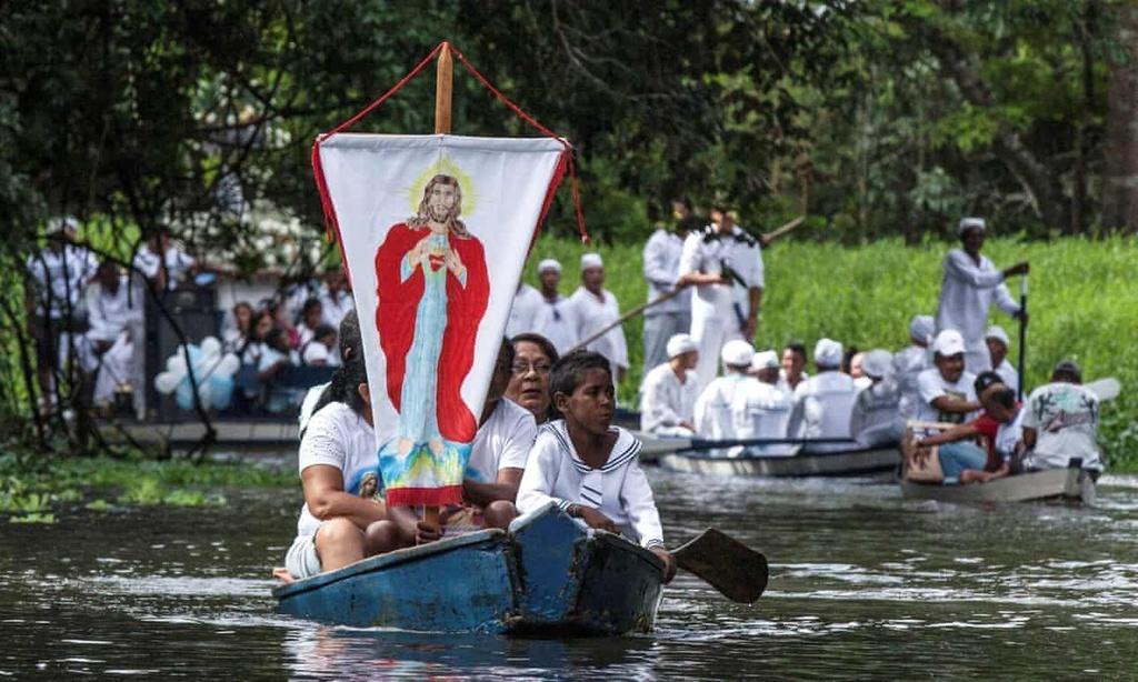 Vatican cho phep linh muc lay vo anh 1