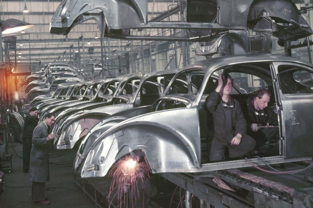 Tam biet 'con bo huyen thoai' cua the ky 20 Volkswagen Beetle hinh anh 3