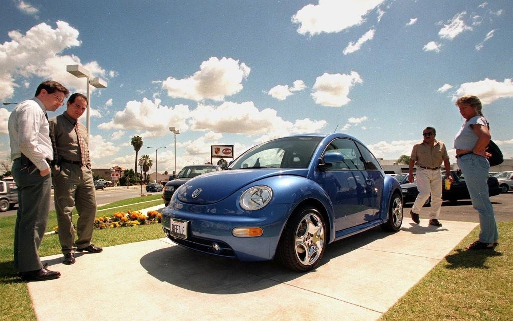 Tam biet 'con bo huyen thoai' cua the ky 20 Volkswagen Beetle hinh anh 9