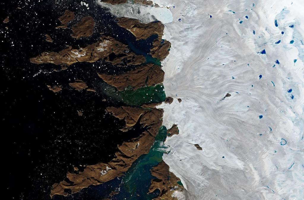 Greenland mat 12 ty tan bang mot ngay anh 10