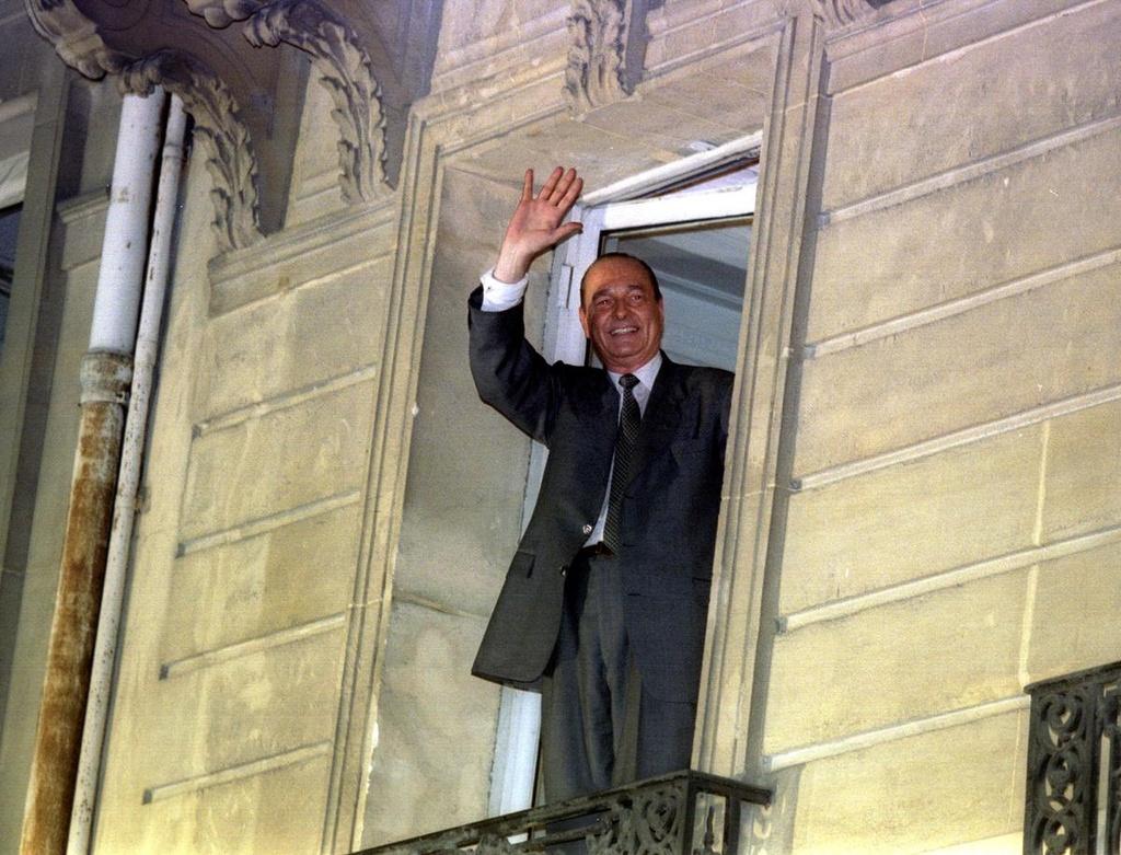 Cuu tong thong Jacques Chirac va hon nua the ky tren chinh truong Phap hinh anh 7