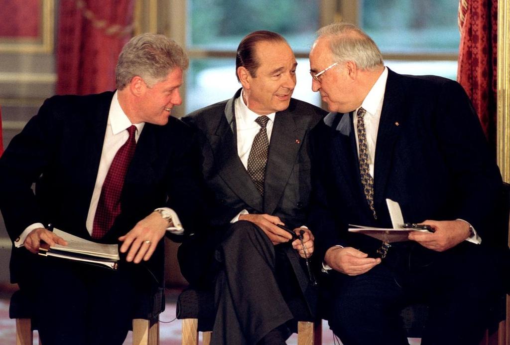 Cuu tong thong Jacques Chirac va hon nua the ky tren chinh truong Phap hinh anh 8