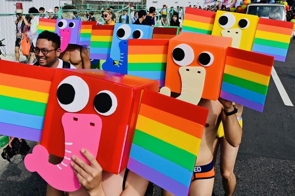 Dai Loan ruc ro voi Gay Pride dau tien sau hop phap hon nhan dong gioi hinh anh 4