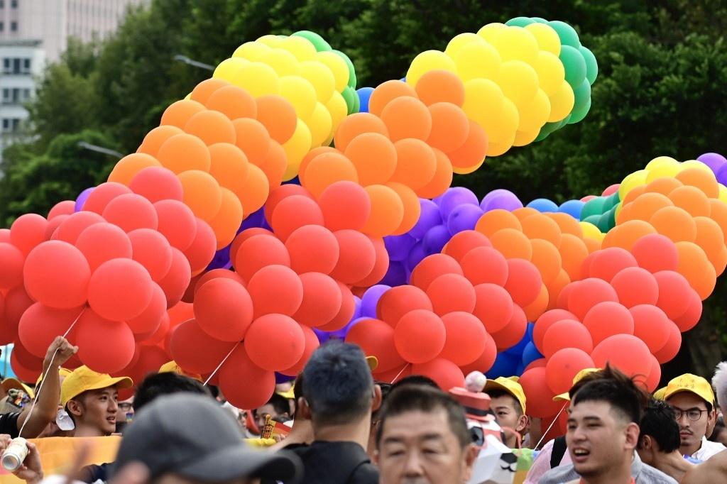 Dai Loan ruc ro voi Gay Pride dau tien sau hop phap hon nhan dong gioi hinh anh 6