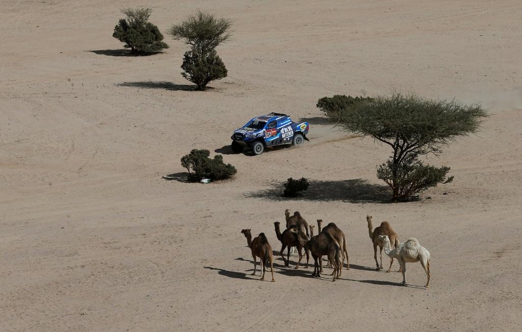 Choang ngop tren duong dua giua nui cao va vuc sau tai Dakar Rally hinh anh 5 5.jpg