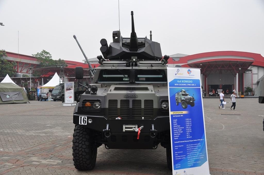 Indonesia gay bat ngo voi dan xe boc thep san xuat trong nuoc hinh anh 1