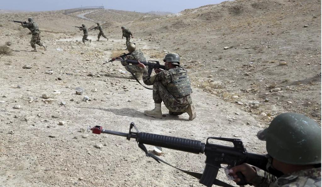 Thuong vong qua cao, quan doi Afghanistan kho tuyen quan hinh anh 2