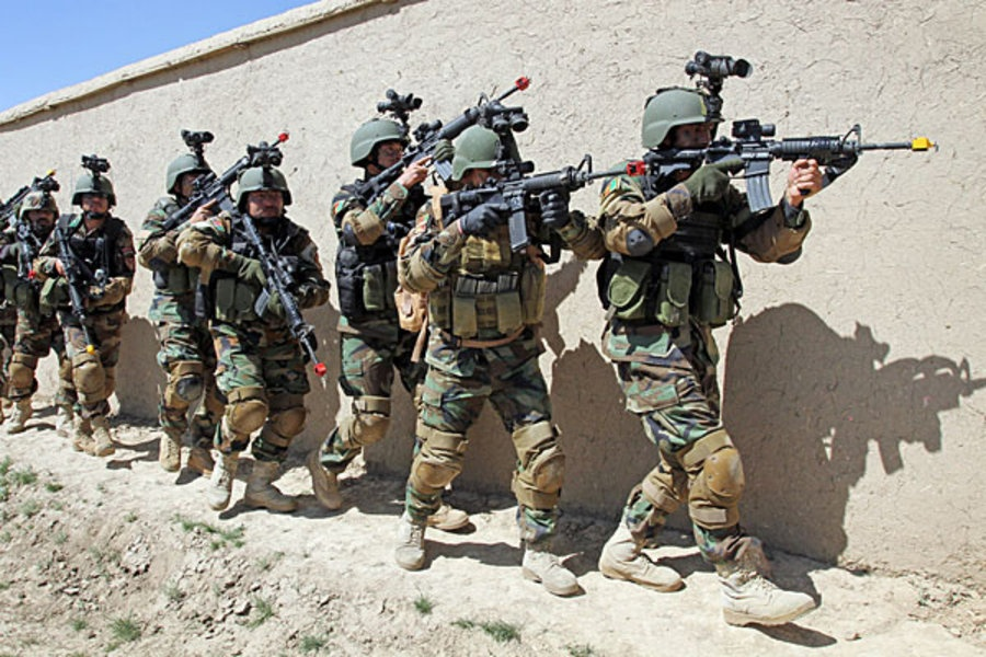 Thuong vong qua cao, quan doi Afghanistan kho tuyen quan hinh anh 8
