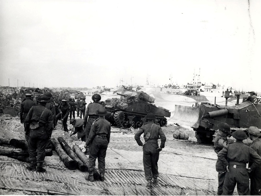 Nhin lai cuoc do bo Ngay D lon nhat lich su nhan loai o Normandy hinh anh 12