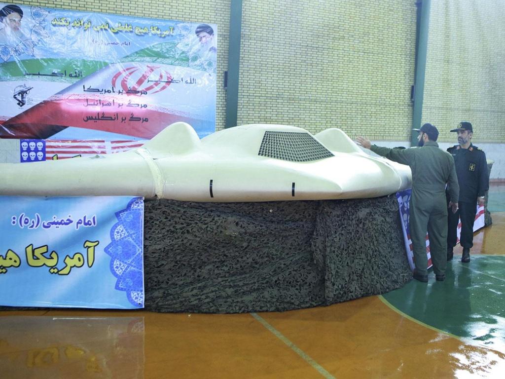 Iran ban ha may bay khong nguoi lai cua My anh 11
