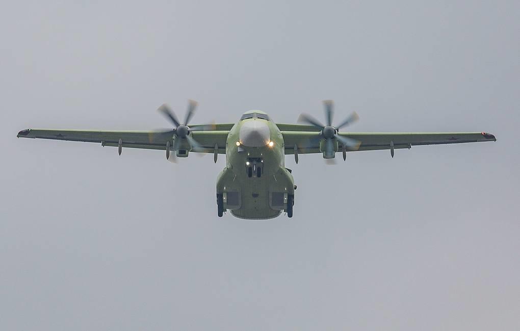 May bay van tai Il-112V moi cua Nga, chua bay da lac hau hinh anh 12