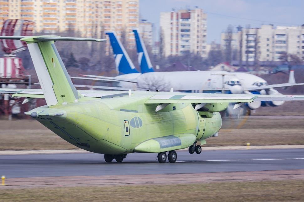 May bay van tai Il-112V moi cua Nga, chua bay da lac hau hinh anh 8