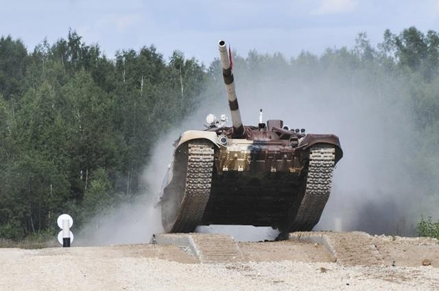 T-72B3, 'ngua chien' dung manh cua doi tang Viet Nam tai Tank Biathlon hinh anh 12