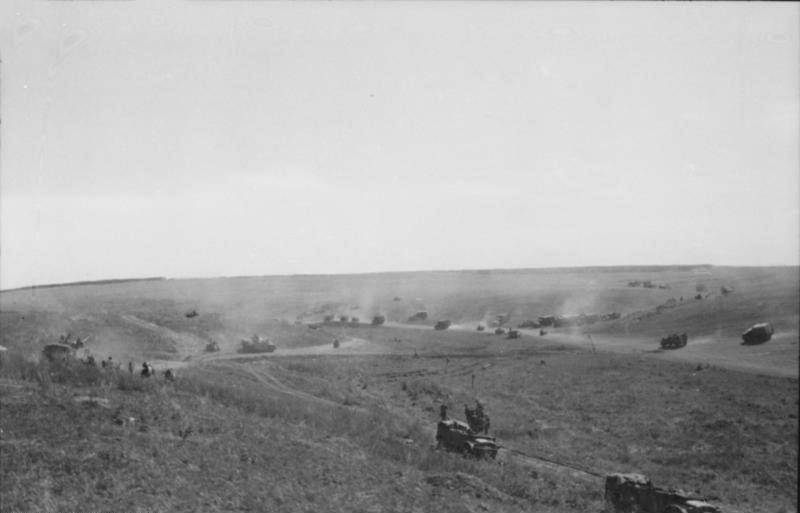 Trận vòng cung Kurst - Trận chiến xe tăng lớn nhất lịch sử nhân loại hinh anh 3