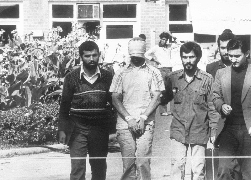 Khung hoang con tin Iran anh 3
