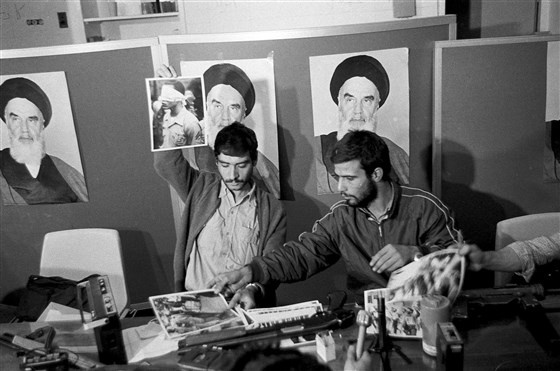Khung hoang con tin Iran anh 5