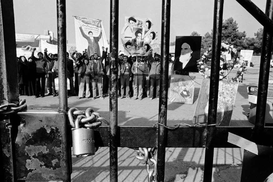 Khung hoang con tin Iran anh 7