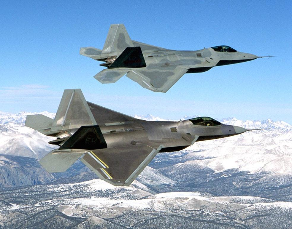 May bay nem bom FB-22 anh 2