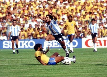 Brazil vs Argentina - ve dep noi trien doc hinh anh 2