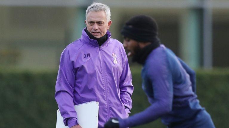 Jose Mourinho tro lai cung khat vong vo dich Premier League hinh anh 2
