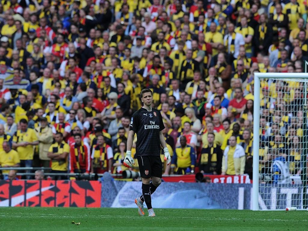 Nhung quyet dinh chuyen nhuong kho hieu cua HLV Wenger tai Arsenal hinh anh 6 0_Wojciech_Szczesny_FA_Cup_Final_2015_1.jpg