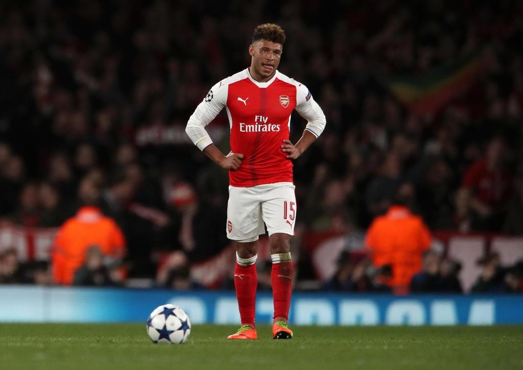 Nhung quyet dinh chuyen nhuong kho hieu cua HLV Wenger tai Arsenal hinh anh 7 nintchdbpict000307298665.jpg