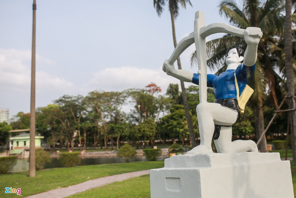 Tuong tai Cong vien Thong Nhat anh 3