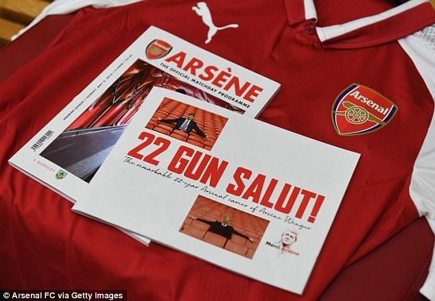 Arsene Wenger chinh thuc chia tay san Emirates anh 6