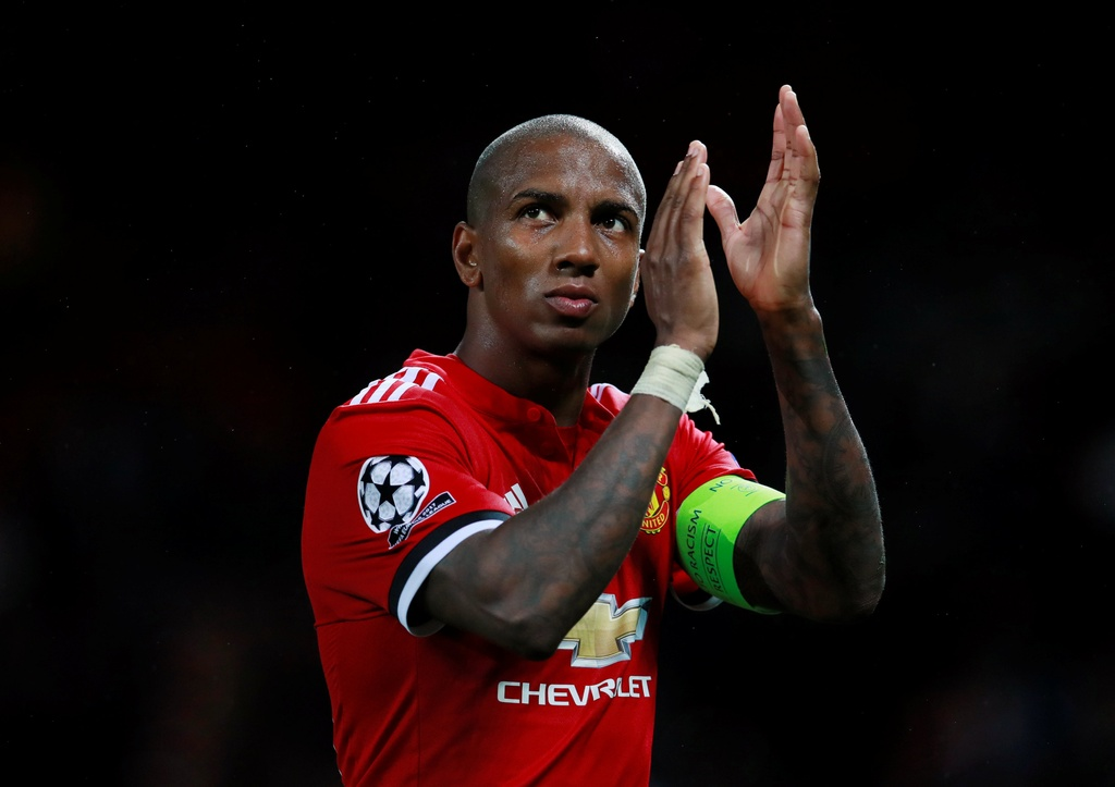 Ashley Young du World Cup 2018: Cau chuyen co tich co that hinh anh 3