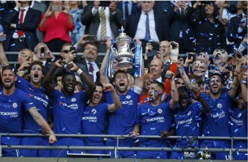 Cau thu MU 'chet lang',  nhin Chelsea nang cup FA anh 11
