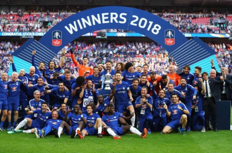 Cau thu MU 'chet lang',  nhin Chelsea nang cup FA anh 12