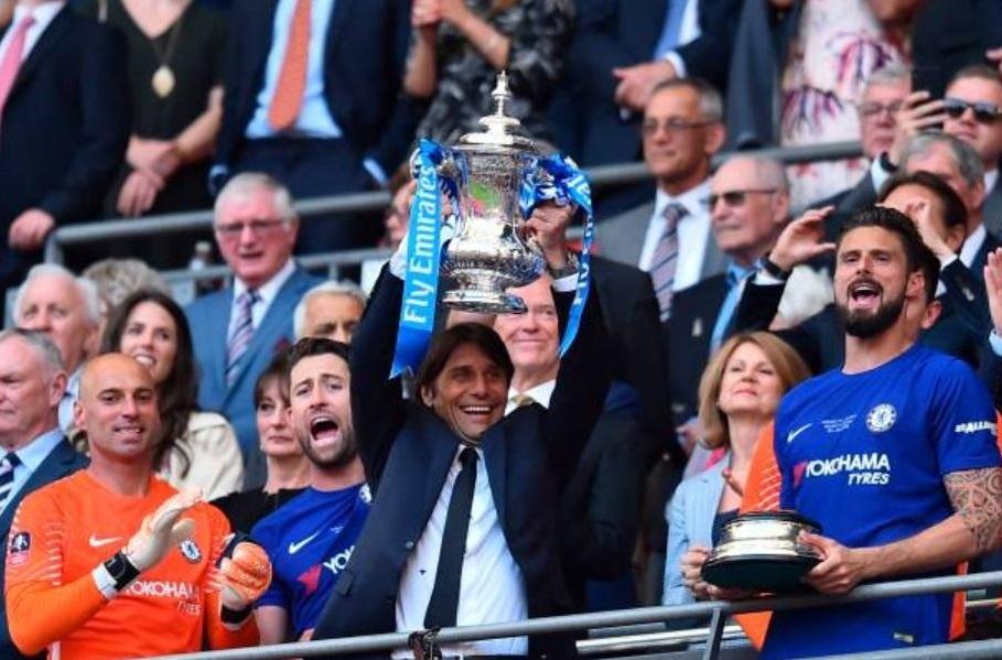 Cau thu MU 'chet lang',  nhin Chelsea nang cup FA anh 13