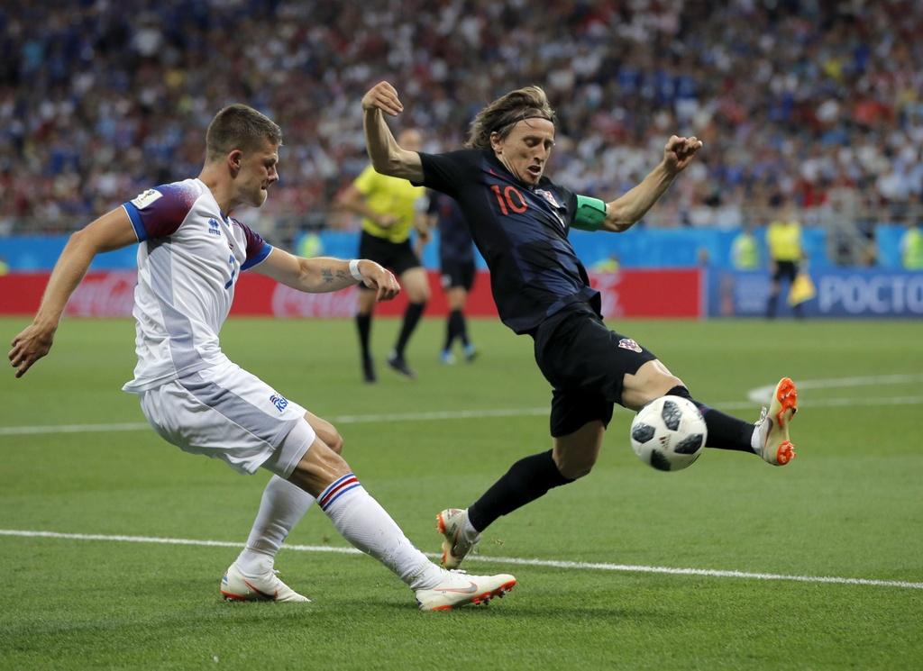 Vuot Ronaldo va Kane, Modric hay nhat vong bang World Cup 2018 hinh anh 13